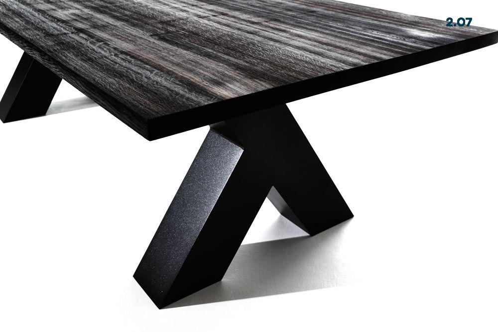 Tisch 2.07