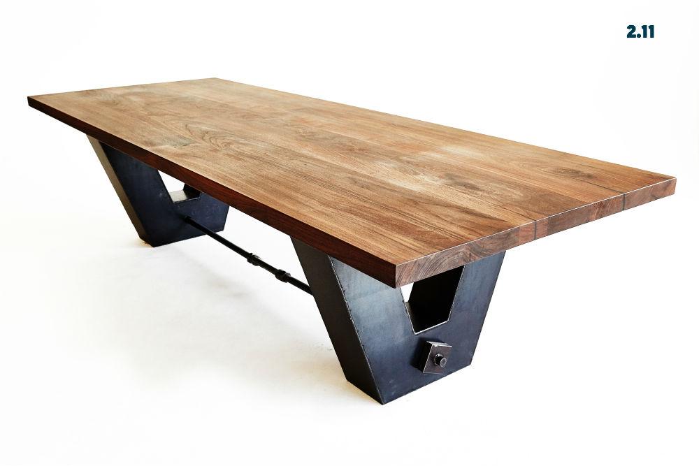 Tisch 2.11