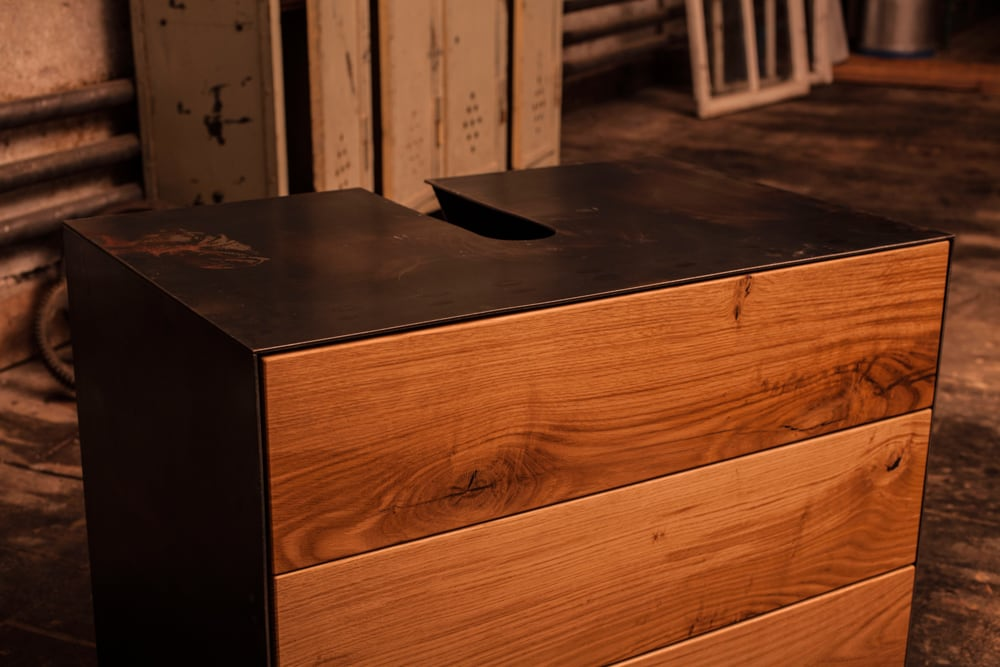 acciaio-interior-rohstal-dunkel-maserung